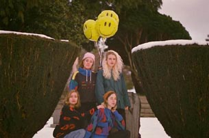 CHASTITY BELT | NEUES ALBUM I USED TO SPEND SO MUCH TIME ALONE | VIDEO DIFFERENT NOW JETZT